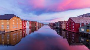 Stille og vakker Nidelv - Fotograf Øyvind Blomstereng
